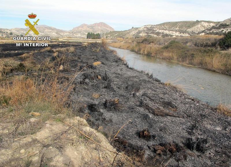 Investigan a un vecino de Moratalla por originar un incendio forestal durante una quema de restos de paja
