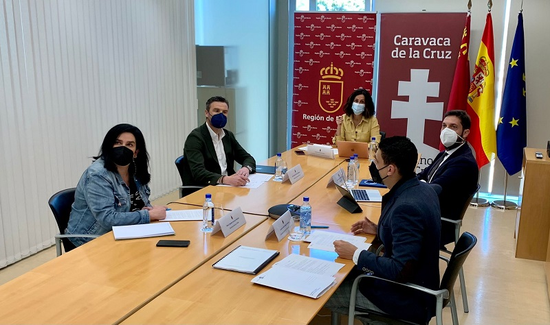 Comienza el proyecto de renovación de la señalización de 'El Camino de la Cruz', desde Navarra a Caravaca